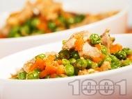 Рецепта Яхния от пилешко месо и грах